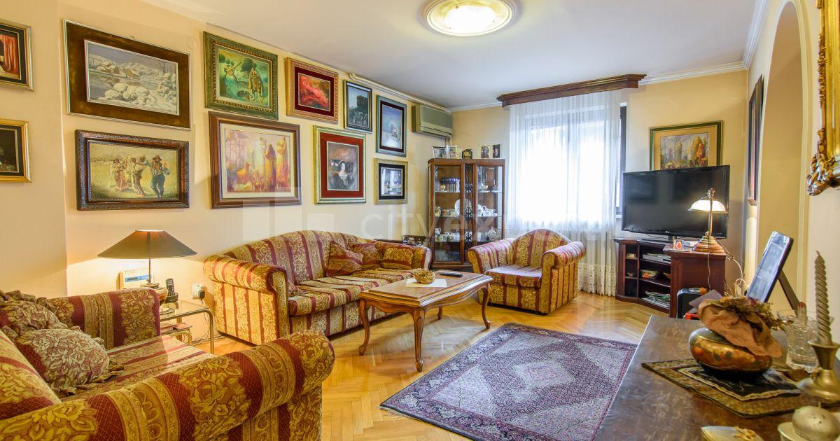 BEZ PROVIZIJE Kuća Generala Mihajla Nedeljkovića Bežanijska kosa Petosoban i veći Uknjižen
